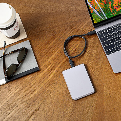 "LaCie ext. HDD 2TB Mobile Drive 2.5"" USB 3.1 - Moon Silver"